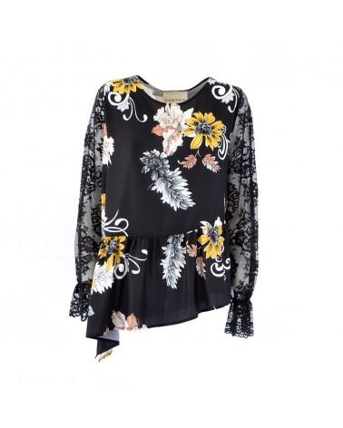 KARTIKA blouse in floral design
