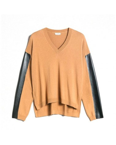 Twinset Knitted women's Le Coeur in wool and cashmere with a faux leather